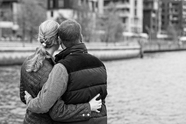 segnali interesse uomo sposato